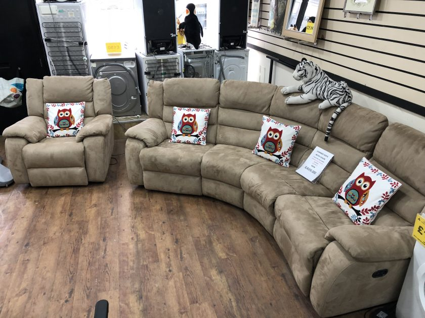 corner sofa and chair with 3 electric recliners